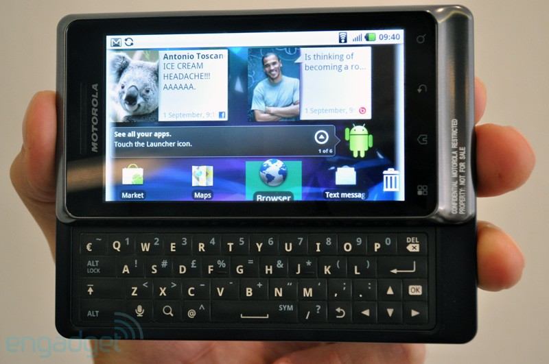Motorola Milestone 2 Ponsel Android Froyo Dengan DLNA